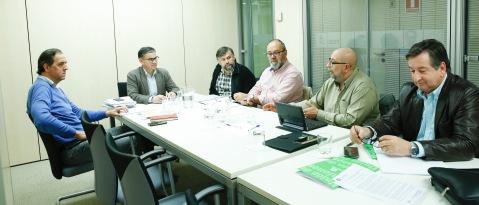Unión de Uniones en la reunión mantenida ayer, 16 de abril, con Manuel Gabriel Gonzales, Secretario de Agricultura del PSOE y Portavoz de Agricultura del Grupo Socialista en el Congreso
